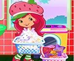 Çilek kız çamaşır yıkama